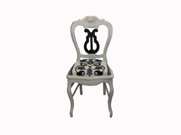 chaise-lyre-detouree