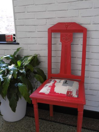 chaise-rouge-ny-ambiance