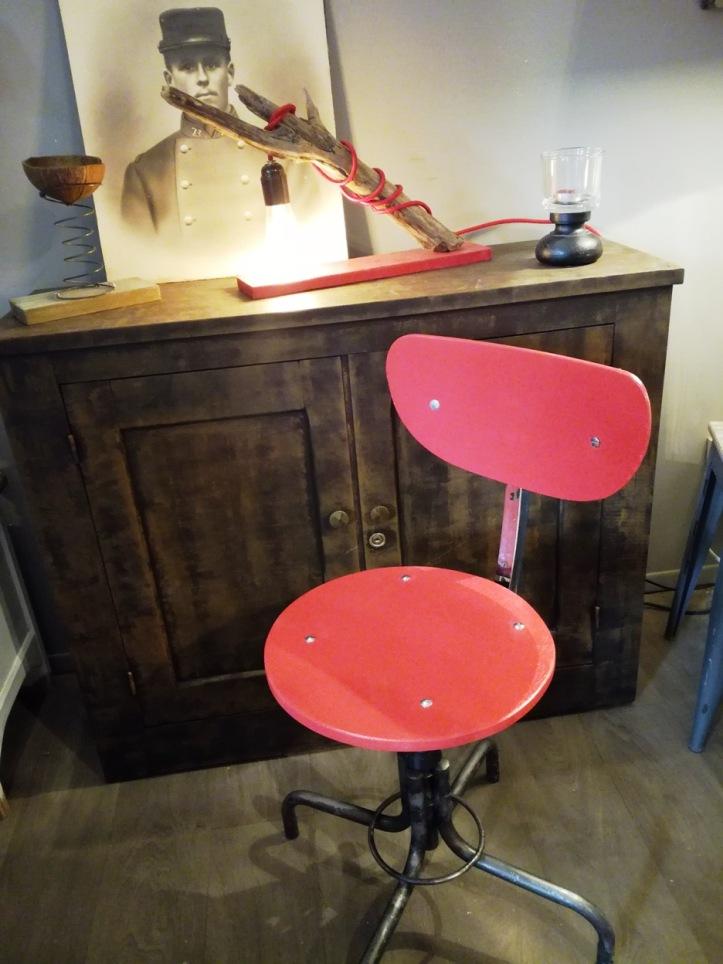 chaise architecte rouge