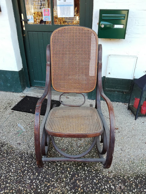 rocking chair avant