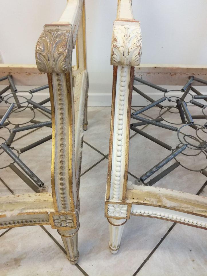 nettoyage d'un fauteuil, avant/après
