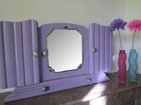 ambiance armoire violette