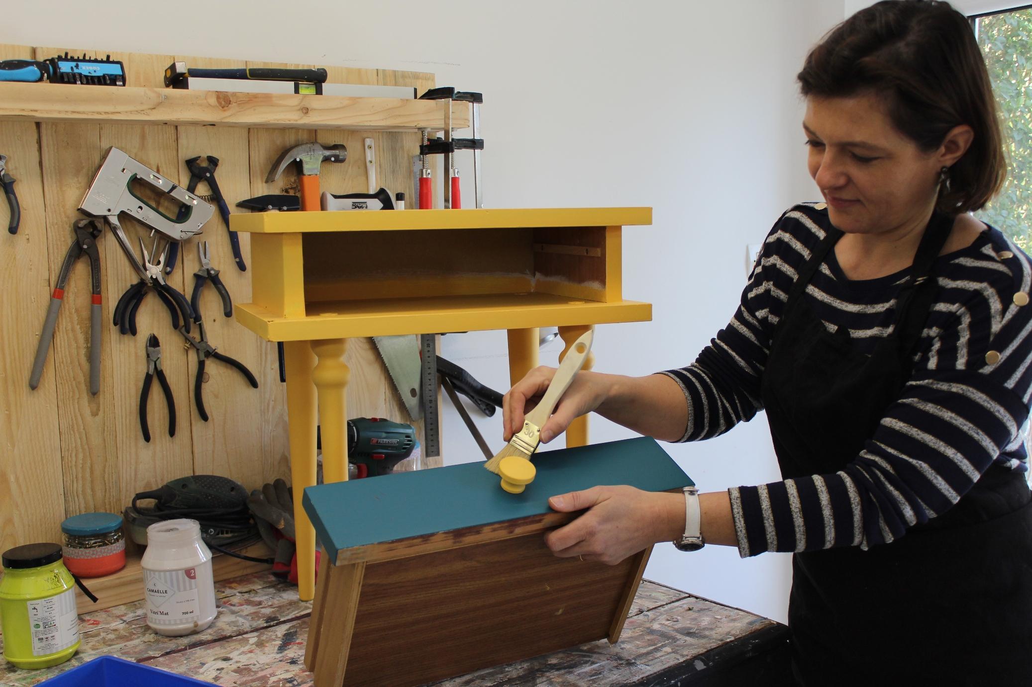 Repeindre Un Bureau D Écolier huit petits meubles anciens que vous pouvez relooker