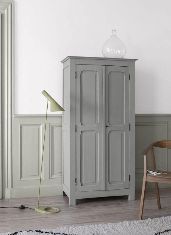 armoire grise mur gris