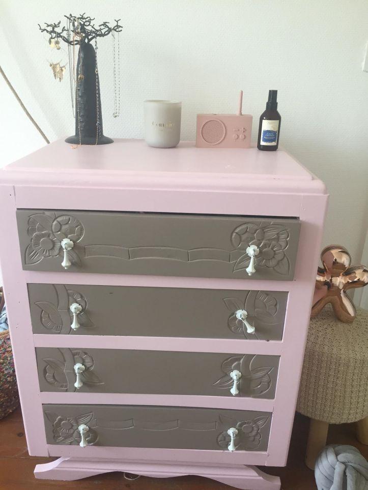 meuble rose pastel